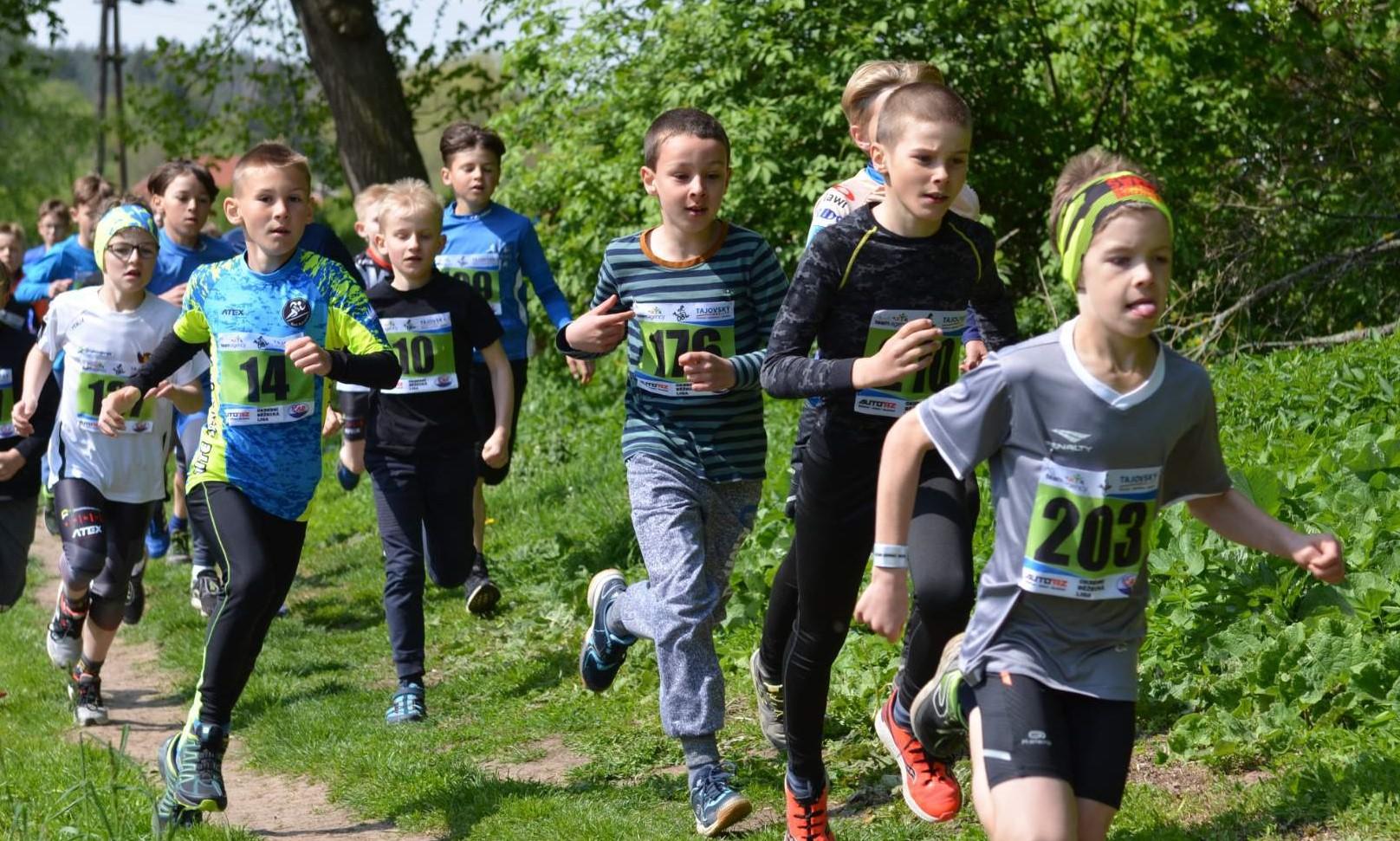 Květnový závodní maraton také podlehl